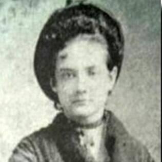 Maria Augusta Estrela, a primeira médica do País, formada em 1879