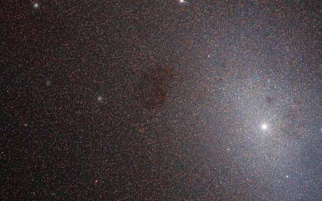 Novas imagens trazem dúvidas sobre a morte precoce da galáxia anã