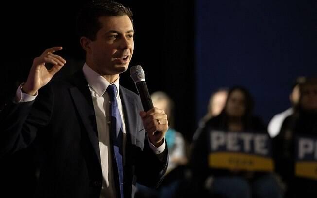 Pete Buttigieg por enquanto ocupa a liderança nas eleições democratas