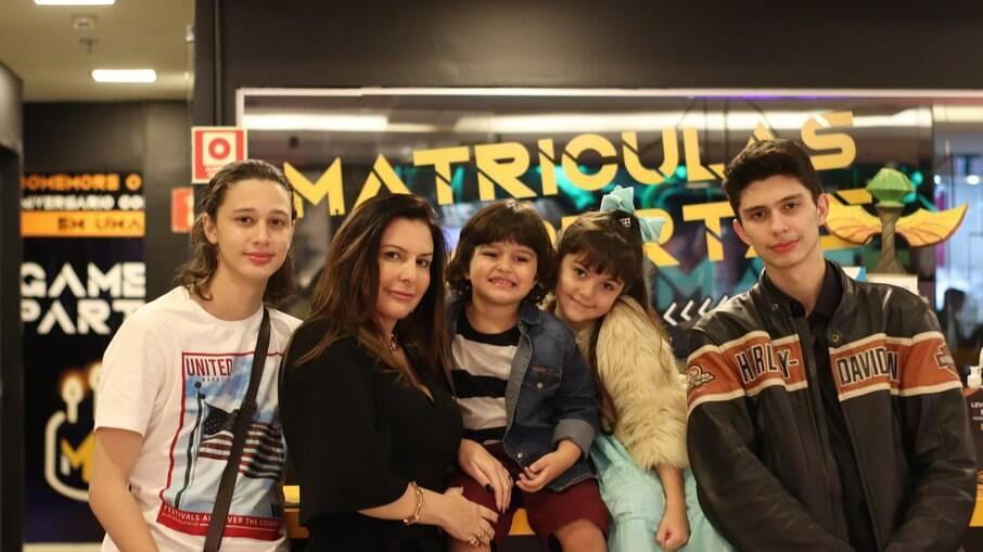 Pathrícia Cardoso e os seus filhos