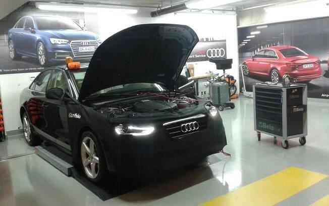 Oficina especializada da Audi montada no Aeroporto de Congonhas, em São Paulo, oferece uma série de serviços