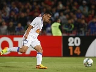 Miguel Samudio marcou o segundo gol do Cruzeiro na vitória sobre a Universidad de Chile