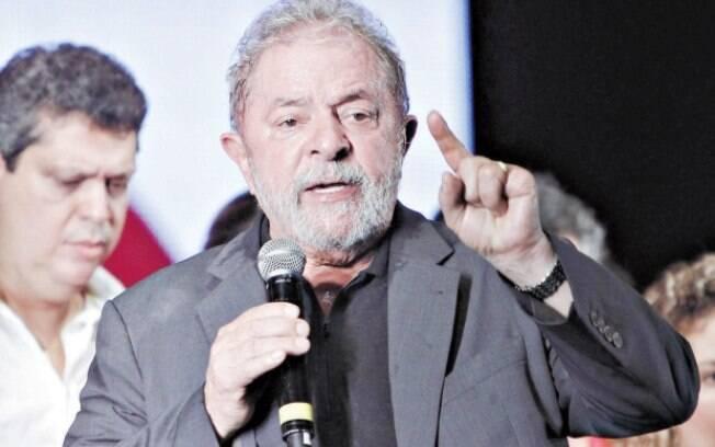 Defesa de Lula havia pedido suspensão da ação até que ele tivesse acesso às delações de executivos da OAS