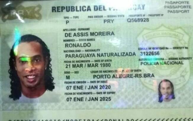 Suposto passaporte falso de Ronaldinho Gaúcho