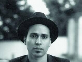 Conceito. Enxuto, o álbum de Leonardo Marques concentra apenas nove canções, todas autorais