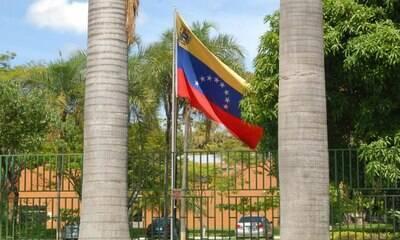 Fronteira com Venezuela vai seguir fechada por mais 30 dias