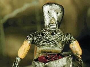 Robô do curta vive crise existencial que reflete situação do diretor na Itália