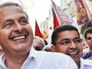 Velório de Campos será na calçada da sede do governo