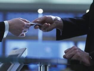 Planejar e comprar com antecedência podem ser determinantes para garantir um bom desconto