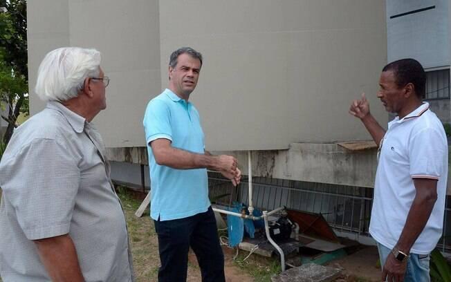 Prédio da prefeitura de Nova Iguaçu será reformado, segundo afirmou o prefeito Rogério Lisboa