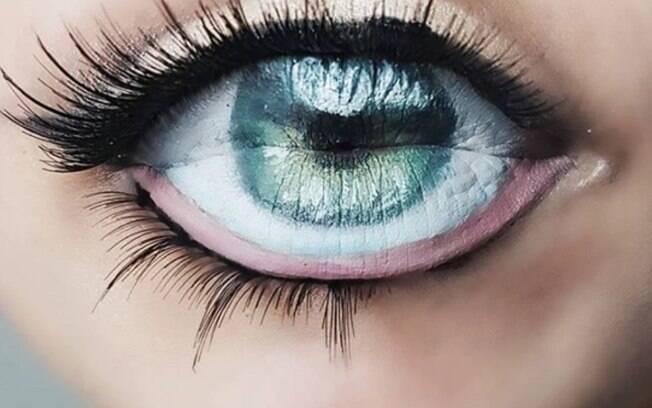 A maquiadora Diana Moisa se inspirou em vídeo do Youtube para criar a tendência
