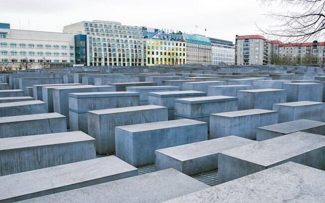 O Holocaust-Mahnmal, ou Memorial do Holocausto, é dedicado aos judeus que foram mortos em Berlim na guerra