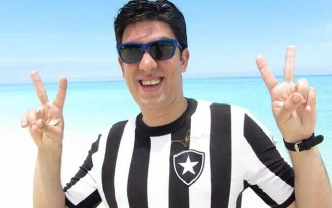Marcelo Adnet torce por recuperação do Botafogo após terceiro rebaixamento: 'Voltar ainda esse ano'