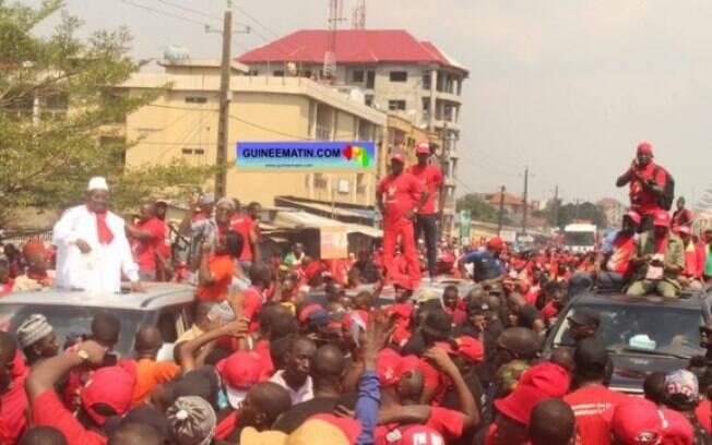Cidadãos tem tomado as ruas contra uma 3ª reeleição de Alpha Condé, o atual presidente de Guiné desde 2010