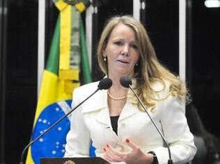 Vanessa: Congresso 'possivelmente' derrubaria eventual veto de Dilma à extinção do fator
