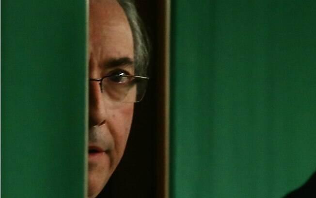 Em meio a processo de cassação de mandato, Eduardo Cunha renunciou ao cargo de presidente da Câmara