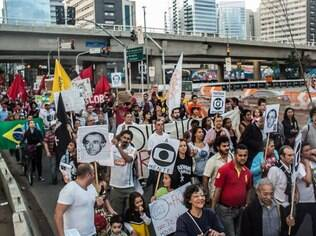 Manifestação em São Paulo reuniu dezenas de pessoas