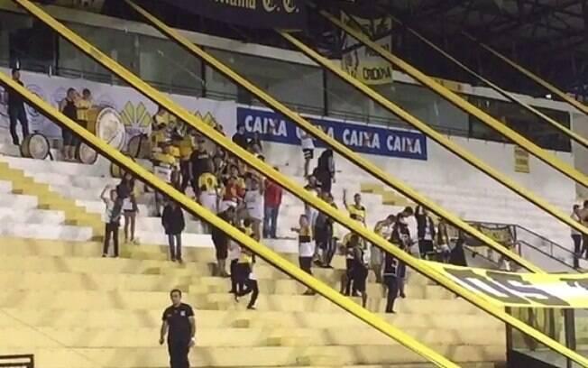 Torcida do Criciúma cantou música com ofensa à Chapecoense na última rodada do Catarinense