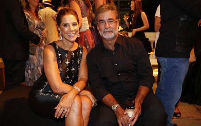 Ângela Vieira e o marido na festa de 'Em Família'