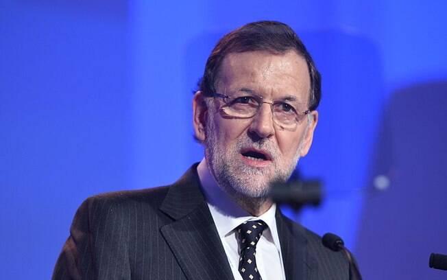 Premiê da Espanha citou outras cidades que sofreram atentados, estendendo seus cumprimentos às vítimas