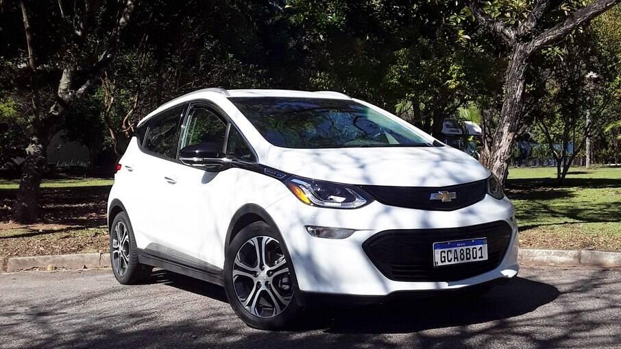 Chevrolet Bolt EV é capaz de mudar seus conceitos sobre os carros a combustão vendidos hoje em dia no mercado