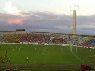 Confronto entre Flamengo-PI e Alvinegro Praiano, pela Copa do Brasil, poderá ser realizado no Estádio Albertão