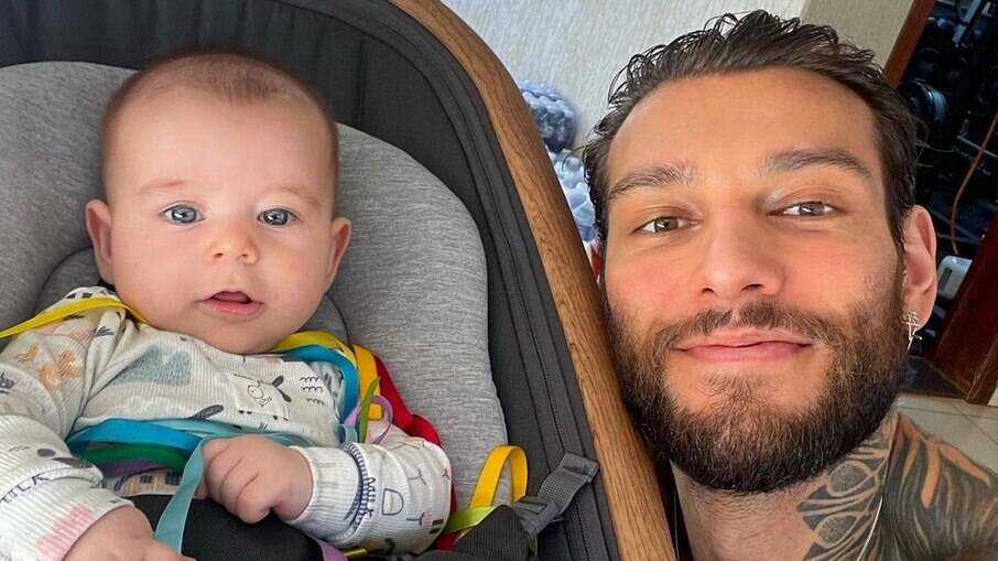 Lucas Lucco lamenta saudade do filho e da esposa