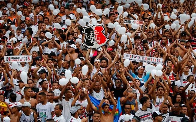 Santa Cruz é um dos destaques da agenda do futebol e enfrenta o Botafogo-PB nesta segunda-feira pelo Brasileirão Série C