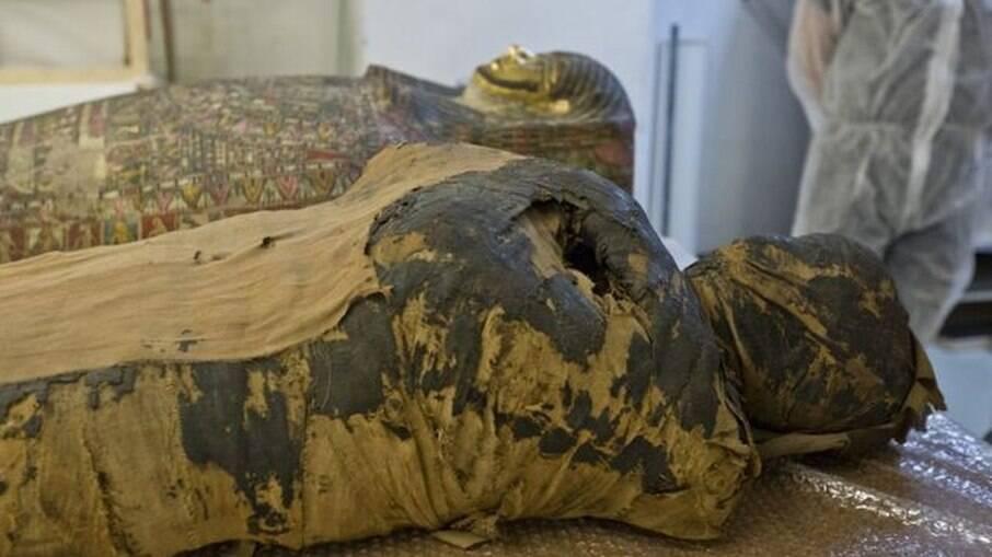 Múmia se encontrava embalsamada