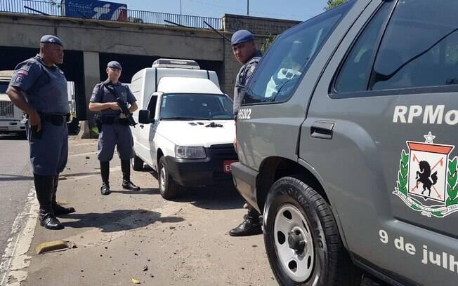 Policiais da Cavalaria da PM tiveram sucesso em deter dupla de criminosos nesta quarta-feira