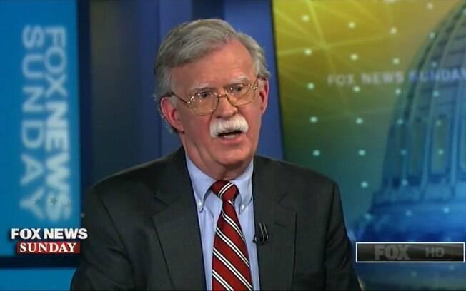 John Bolton disse que Trump pretende manter diálogo com a Coreia do Norte