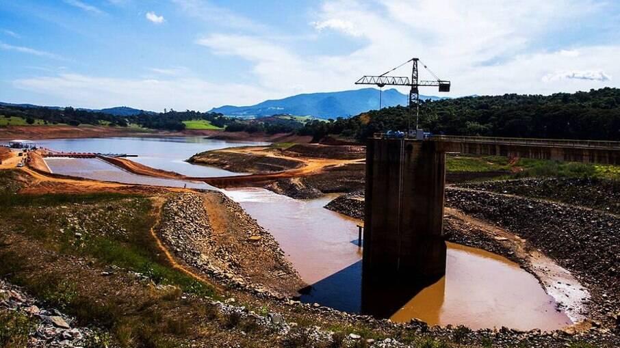 Bolsonaro afirma que estamos passando pela maior crise hídrica da história do Brasil