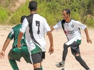 Após sair perdendo, o Vila das Flores teve fôlego para virar o jogo e garantir a classificação