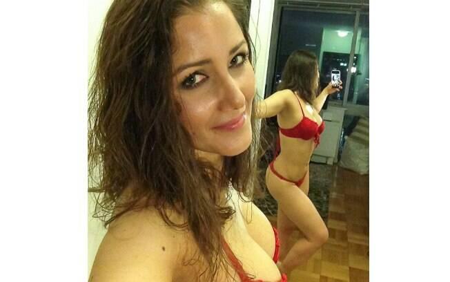 Nana Gouveia posa de lingerie no Instagram: 'Vocês estão prontos para o Dia dos Namorados?'