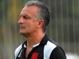 Dorival Júnior é a esperança do Cruzmaltino para acertar o time