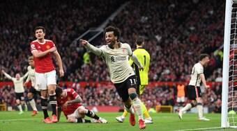 Liverpool aplica goleada histórica no Manchester United em Old Trafford