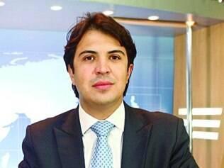Presença. Secretário Camillo Fraga participou ontem de videochat com internautas e equipe Super FC