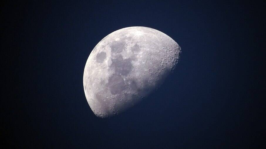 Primeiro robô móvel será enviado à Lua em 2023