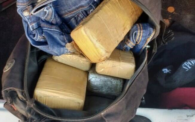 Droga apreendida pelos Policiais da ROTA na tarde desta sexta-feira