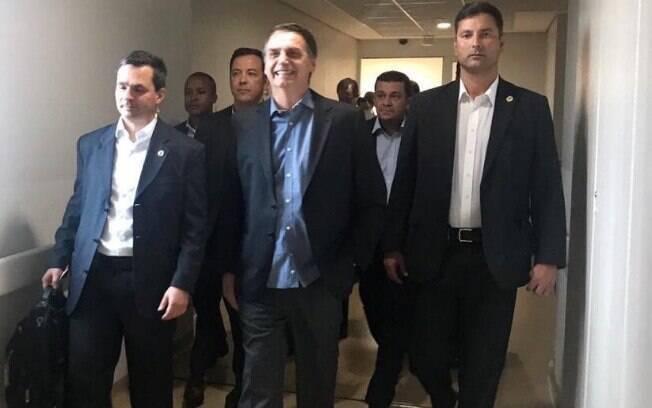 O presidente Jair Bolsonaro deixou o Hospital Albert Einstein, em São Paulo