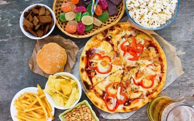 Pizza, chocolate, ovos e bife integram a lista de alimentos viciantes. A dependência pode gerar riscos à saúde