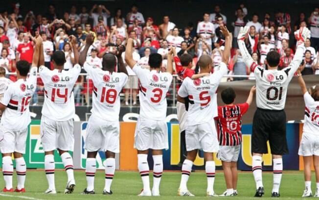 São Paulo vence de virada o Mirassol e garante liderança no Grupo D em estreia no Paulistão