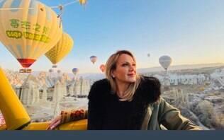 Eliana curte passeio de balão na Turquia e encanta web com cenário paradisíaco