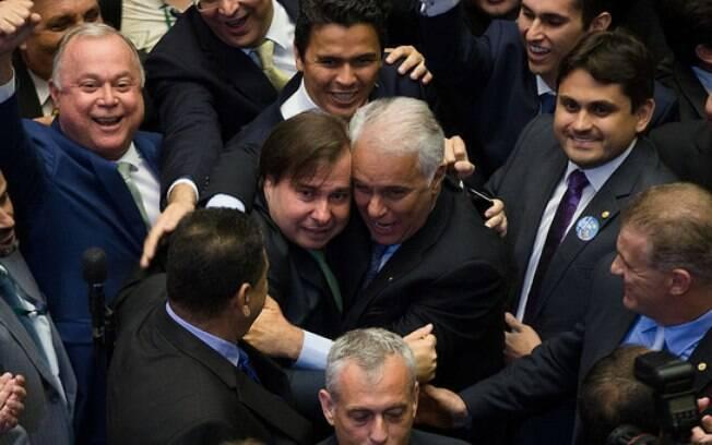Durante o primeiro e o segundo mandato, Rodrigo Maia teve uma atuação favorável ao governo de Michel Temer