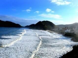 Praia do Tombo, certificada com o selo Bandeira Azul