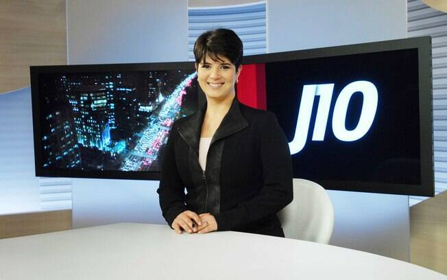 Mariana Godoy, já na bancada do telejornal da Globonews
