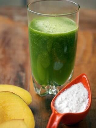 Suco detox tropical: vitamina C e carotenoides protegem o organismo do estresse oxidativo