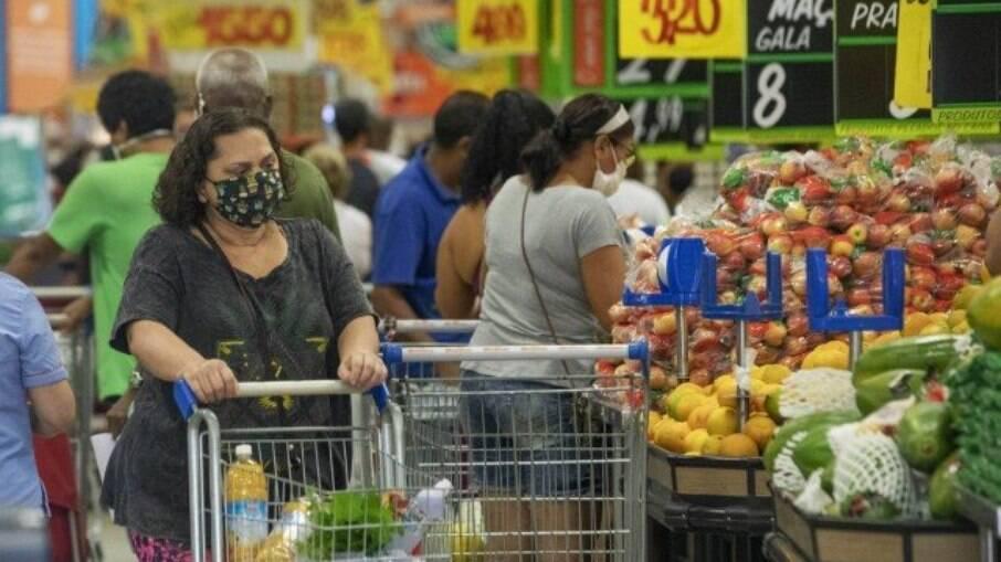 Inflação é sentida pelas famílias mais pobres
