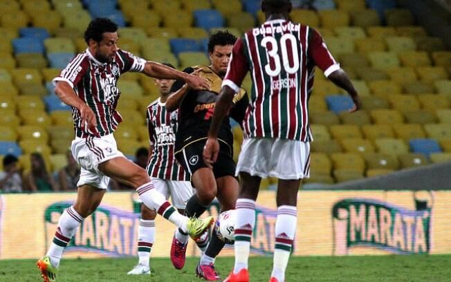 Lance da partida entre Fluminense e Botafogo