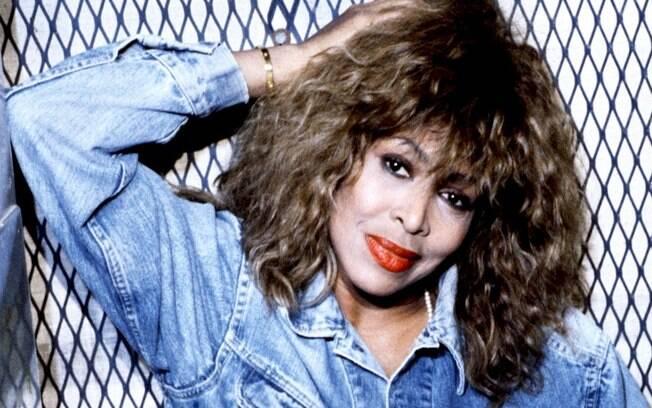 """Tina Turner: clássico """"What's Love Got To Do With It"""" ganha clipe em nova versão"""